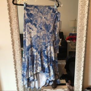 Lularoe XL Bella NWT gorgeous Blue/White Floral